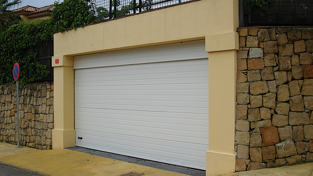 White sectional gate